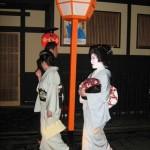 """""""polowanie na gejsze"""", kioto / japonia"""